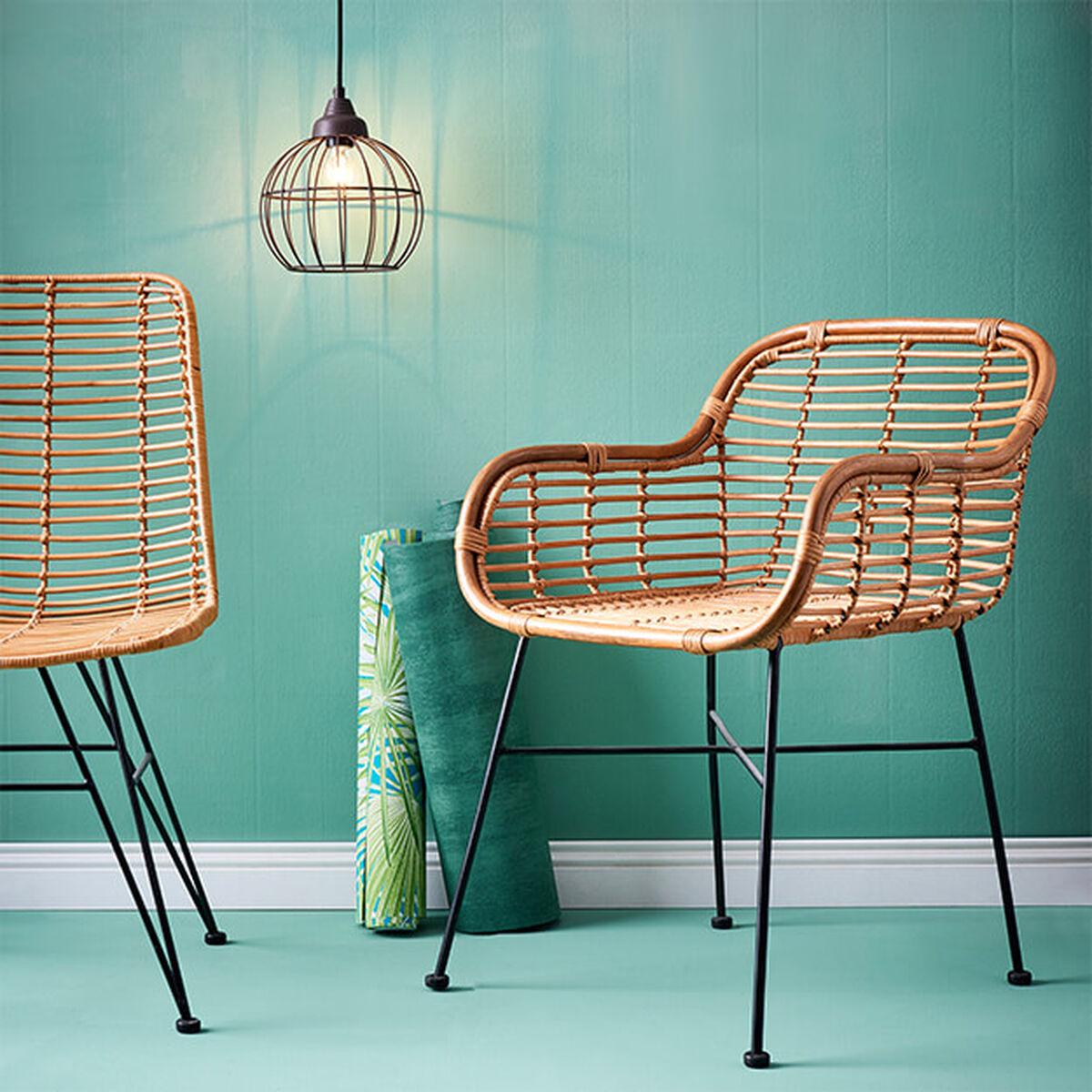 st hle aus holz oder metall online kaufen butlers. Black Bedroom Furniture Sets. Home Design Ideas