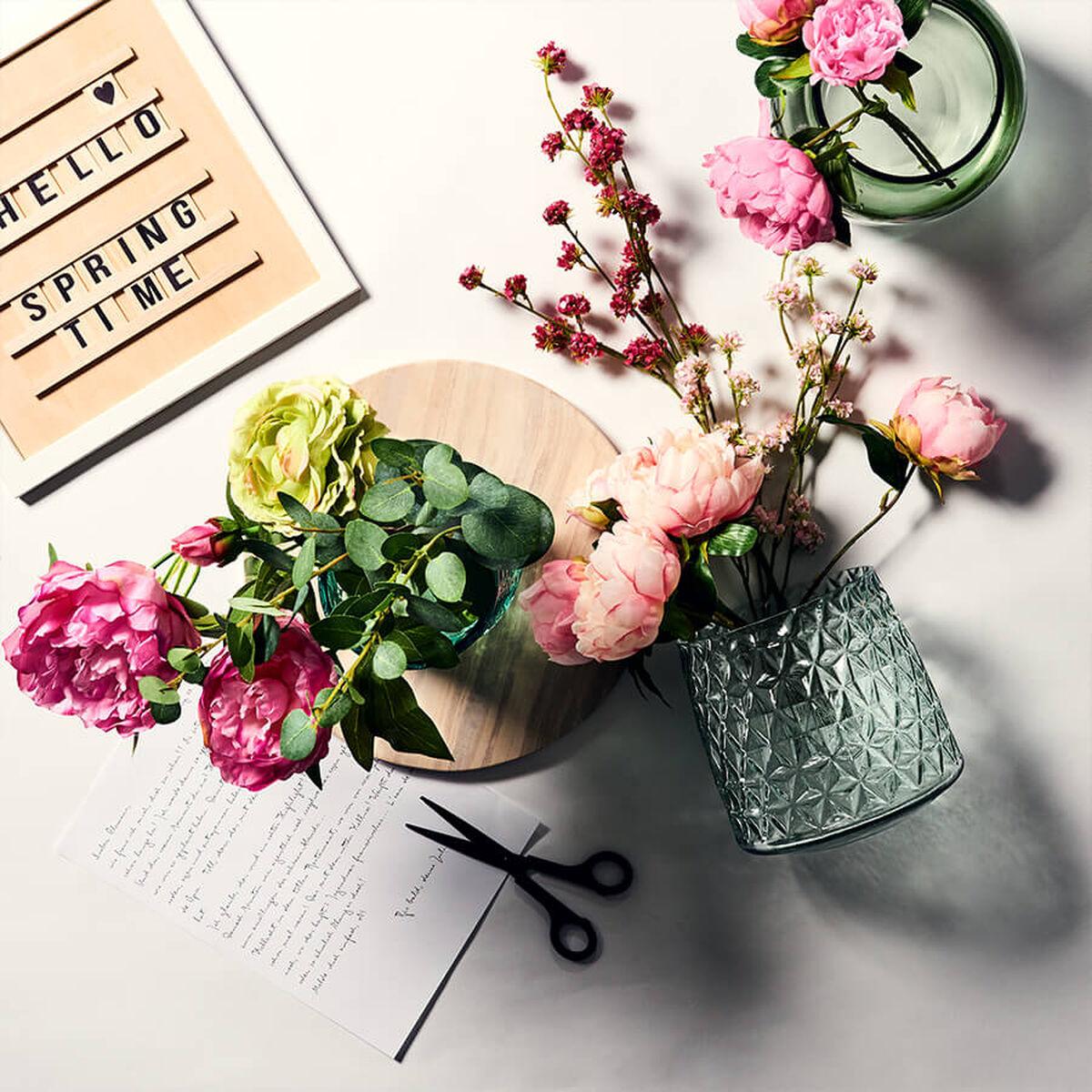 kunstblumen kunstpflanzen online kaufen butlers. Black Bedroom Furniture Sets. Home Design Ideas