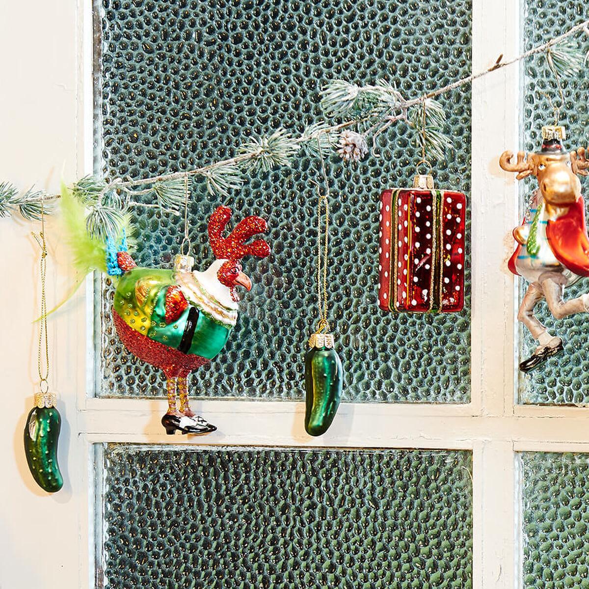 figurative weihnachtskugeln online kaufen butlers. Black Bedroom Furniture Sets. Home Design Ideas